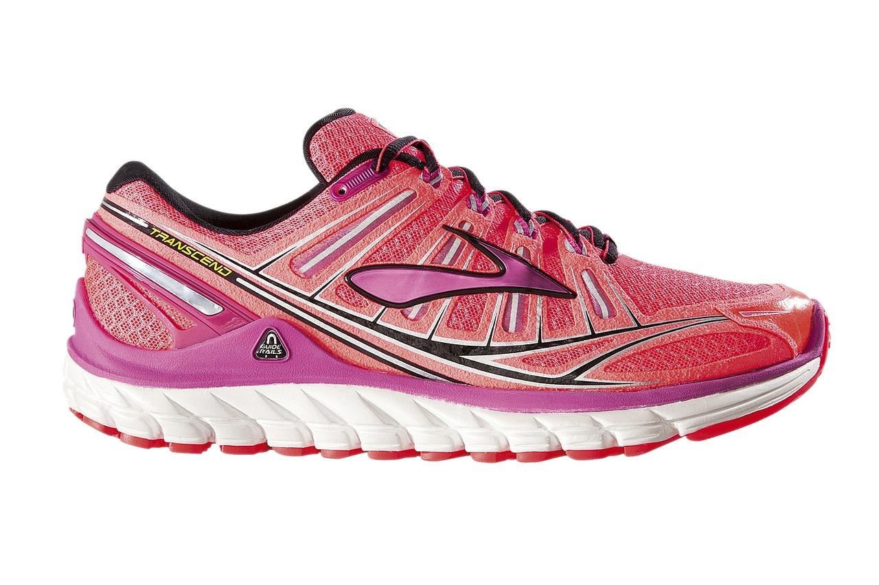 running-shoe-371624_1280